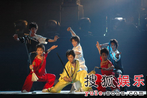 巨石传奇·情动华山晚会图片--武术名家表演