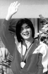 庄泳喜获巴塞罗那奥运会金牌