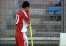 图文:[土伦杯]中国国奥VS葡萄牙 陈涛亲吻球衣
