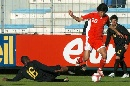 图文:[土伦杯]中国国奥1-1葡萄牙 于海犀利突破