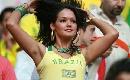 图文:英格兰1-1巴西 狂热的桑巴球迷助阵