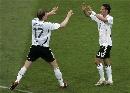 图文:[欧预赛]德国6-0圣马力诺 主队庆祝进球