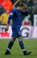 图文:[欧预赛]法罗群岛1-2意大利 小皮离场