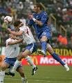图文:[欧预赛]法罗群岛1-2意大利 大马争顶
