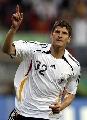 图文:[欧预赛]德国6-0圣马力诺 戈麦斯庆进球