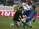 组图:[欧预赛]皮波梅开二度 意大利2-1险胜