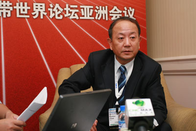 詹若涛透露,中国网通暂时也还没有得到IPTV及互联网转播的授权。
