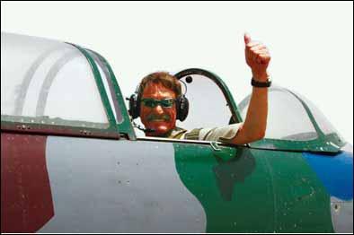 克劳斯在飞机上 摄影:鲁晓冬