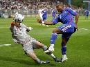 图文:[欧预赛]法国1-0格鲁吉亚 阿比达尔射门