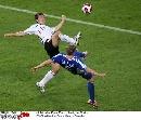 图文:德国2-1斯洛伐克 这脚也太高了吧