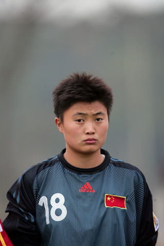 图文:热身赛阿根廷1-0中国女足 门将许美爽
