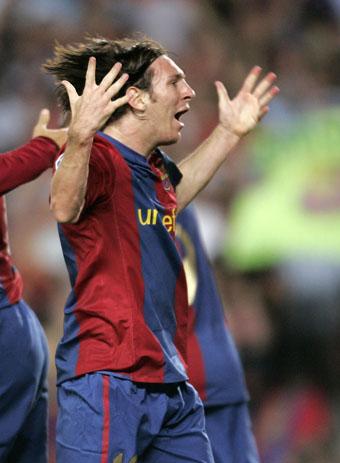 民航:巴萨VS西班牙人梅西庆祝图文跳伞手球v民航破门图片