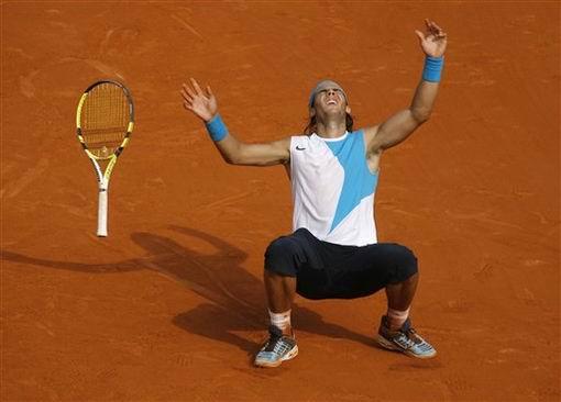 图文:2007法网男单决赛 纳达尔夺冠瞬间二
