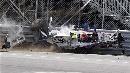 图文:[F1]库比卡撞车事故 依稀可以听到摩擦声