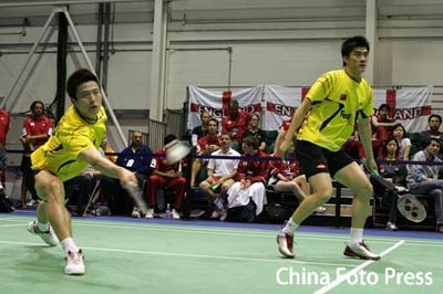 图文:蔡赟/傅海峰2-0战胜对手 两人防守严密
