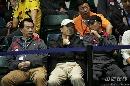 图文:蔡�S/傅海峰2-0战胜对手 看台上的教练们