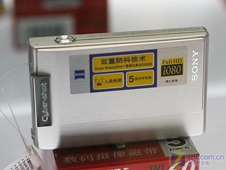 800万5倍光变 索尼卡片机T100稳中有降