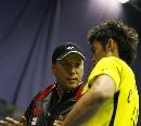 图文:中国5-0胜英格兰 李永波指导林丹