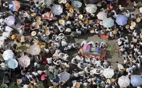 人口老龄化_2007年三亚人口
