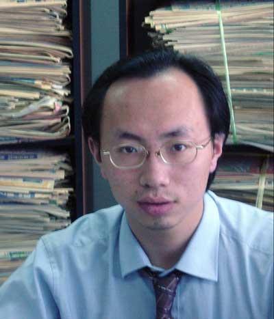 安邦集团研究总部分析师、中国竞争情报协会理事张巍柏