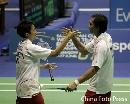 图文:苏杯第三轮印尼对阵中国香港 击掌相庆