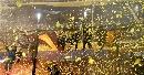 图文:解放者杯决赛博卡大胜 糖果盒黄色的海洋