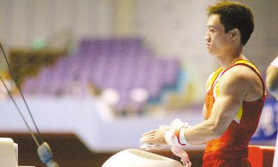 杨威在全国体操锦标赛上。马达摄