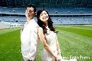 图文:沈阳奥运主题婚纱摄影 在相机前留下倩影