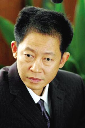 王志文在《国家干部》中。