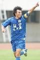 图文:[中超]亚泰3-1建业 陆峰庆祝进球