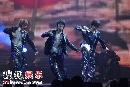 组图:Super Junior表演《U》《miracle》