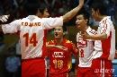 图文:男排联赛中国0-3保加利亚 中国队庆祝得分