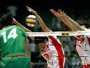 图文:男排联赛中国0-3保加利亚 中国队双人拦网