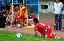 图文:南昌1-0哈尔滨毅腾 球在哪里?