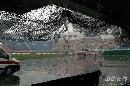 图文:[中超]陕西0-2上海申花 大雨磅礴