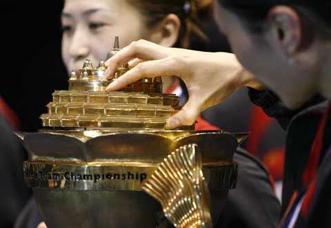 图文:中国队成功卫冕苏迪曼杯 RTR1QW1J