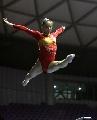 图文:全国体操锦标赛平衡木赛况 张楠在比赛中