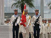 驻军十载辉映香江