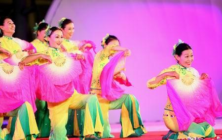 图文:奥林匹克文化节盛大开幕 精彩演出