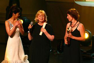 视频:金爵最佳影片奖 《完美计划》德国