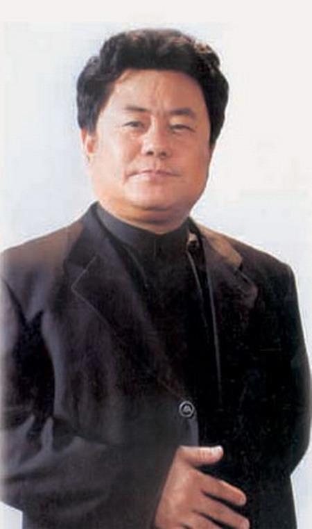 相聚在军旗下大型综艺晚会演员- 徐沛东