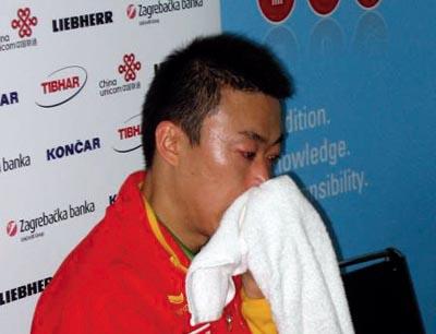 图文:再见乒乓球 男单冠军是马琳永远的痛