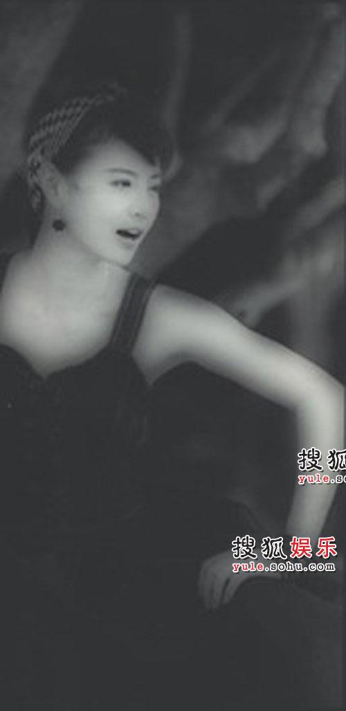 组图:李赛凤珍藏黑白写真01