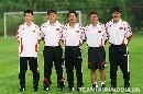 图文:国足出征亚洲杯全家福 强大教练组智囊团