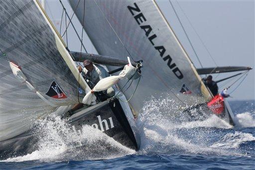 美洲杯帆船赛 图文/图文:美洲杯帆船赛第六场阿灵基号乘风破浪