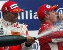 图文:F1法国站正赛 汉密尔顿袭击冠军