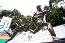 图文:2008奥运会景观雕塑巡展 《漫长的接力》