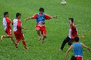 图文:国足备战亚洲杯最后热身赛 张耀坤展翅飞