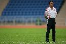 图文:国足备战亚洲杯最后热身赛 朱帅督军训练