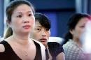图文:王燕搬离重症监护病房 母亲出席发布会